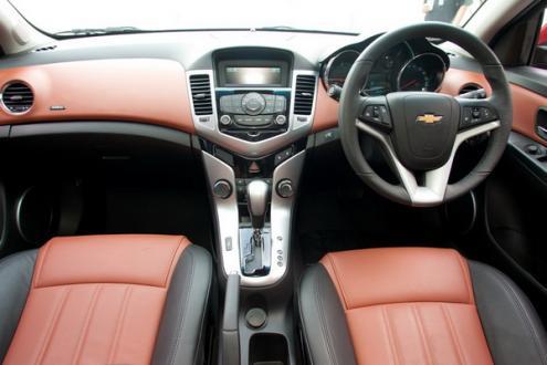 เชฟโรเลต ครูซ Chevrolet Cruze โชว์รูมเปิดใหม่ ป้ายแดง มีพิเศษ